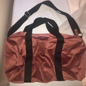 Handbags - Velvet pink duffle bag!